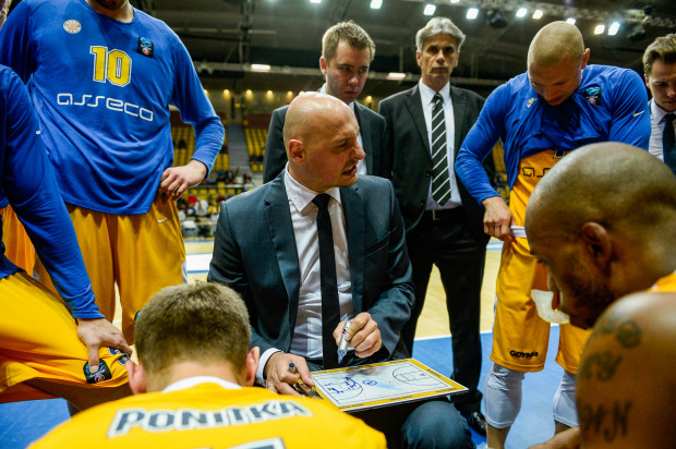 Przemysław Frasunkiewicz uważa, że przez dokładniejsze przygotowanie do meczów, gra Arki Gdynia powinna wyglądać lepiej.
