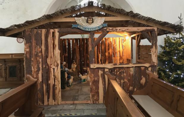 Do szopki w parafii św. Apostołów Piotra i Pawła w Gdańsku możemy wejść i się pomodlić.
