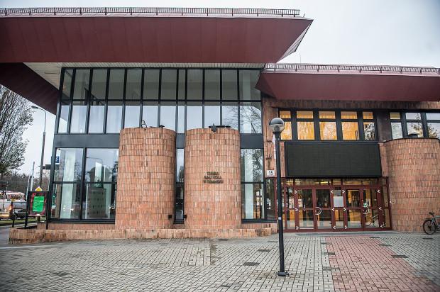Niestety, Nowej Opery Bałtyckiej nie będzie. Obecny gmach (na zdjęciu) doczeka się rozbudowy. Jej zakres będzie znany w 2019 roku.