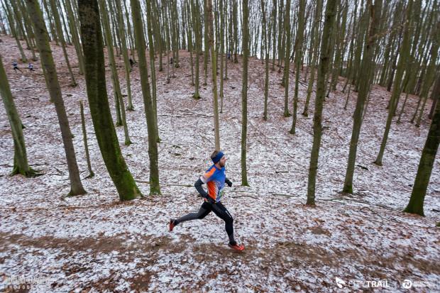 W ostatniej odsłonie City Trail biegacze rywalizowali w zimowej scenerii.