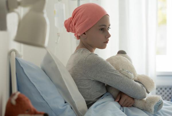 Szpitalni wolontariusze niosą bezpłatną i bezinteresowną pomoc m.in. na oddziałach onkologicznych, neurologicznych, rehabilitacyjnych i pediatrycznych.