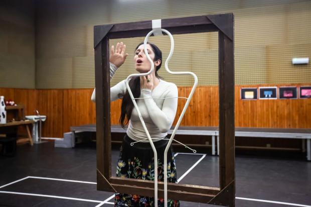 W obsadzie opery znalazły się trzy odtwórczynie tytułowej partii: Marcelina Beucher (na zdjęciu), Bea Llugiqi i Katarzyna Wietrzny.