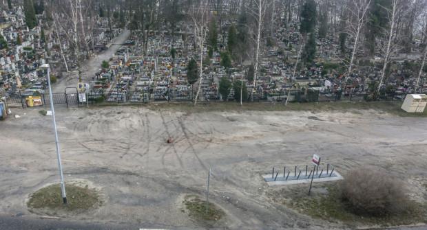 Teren przy cmentarzu na Oksywiu zostanie zagospodarowany.