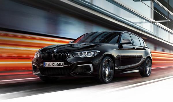 """To niewielkie BMW potrzebuje zaledwie 4,4 s, aby na zegarze pojawiła się """"setka""""."""