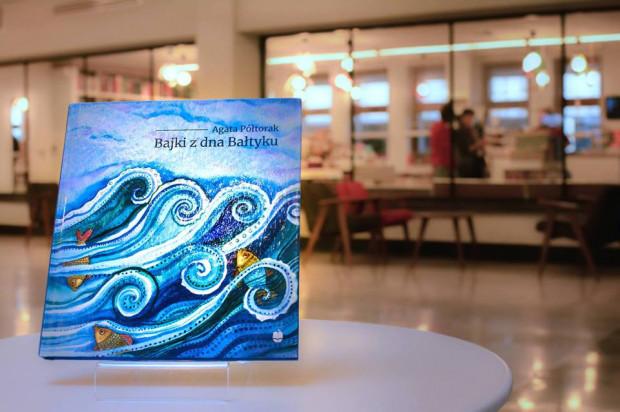 To zbiór 21 opowieści, dzięki którym poznacie nasze morze oraz stworzenia w nim żyjące.