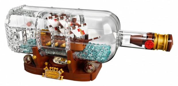 Statek w butelce w wersji Lego