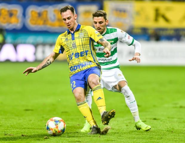 Michał Janota wierzy, że piłkarze Arki Gdynia podtrzymają dobrą dyspozycję, którą zaprezentowali w derbach Trójmiasta i przezwyciężą ciężki okres.