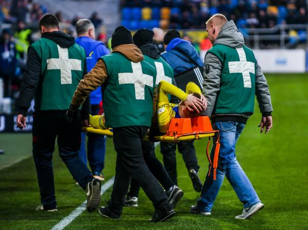 Tak sezon 2018/19 zakończył Aleksandyr Kolew. Jednak bułgarski napastnik Arki Gdynia nie musi poddać się operacji kolana, a jego rehabilitacja planowana jest na 3-4 tygodnie.