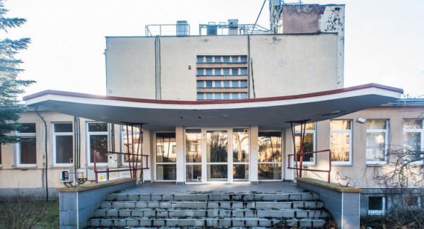 Budynek po Domu Dziecka będzie w przyszłości miejscem spotkań seniorów.