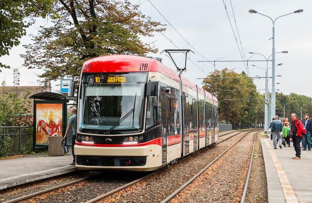 Z kar naliczonych Pesie GAiT chce sfinansować zakup dwóch nowych tramwajów.