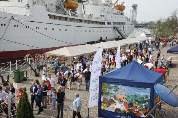 Przez cały dzień trwania festiwalu przewinęły się tysiące odwiedzających Rosjan z obwodu kaliningradzkiego.
