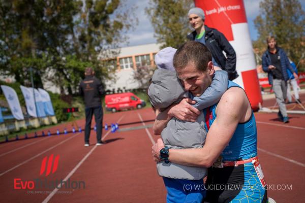 Triathlon w Gdańsku otworzył tegoroczny cykl triathlonów organizowanych przez Sportevo.