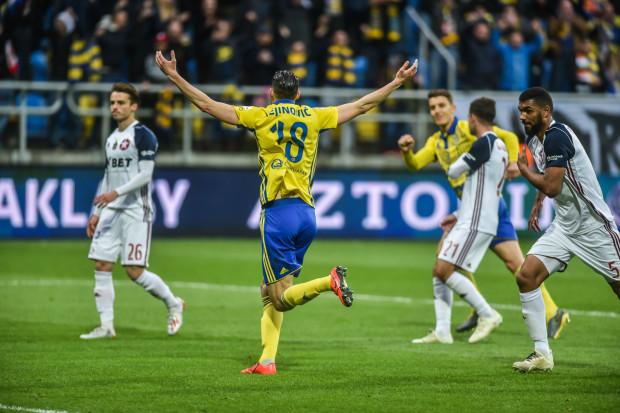 Mark Vejinović strzelił zwycięskie gole dla Arki Gdynia.