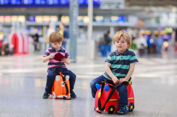 Planujesz wyjazd z dzieckiem za granicę? Bez odpowiednich dokumentów nie będzie to możliwe.