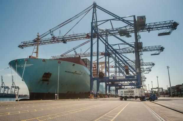 W gdańskim terminalu DCT przeładowywanych jest ponad dwie trzecie wszystkich kontenerów trafiających do Polski oraz opuszczających kraj.