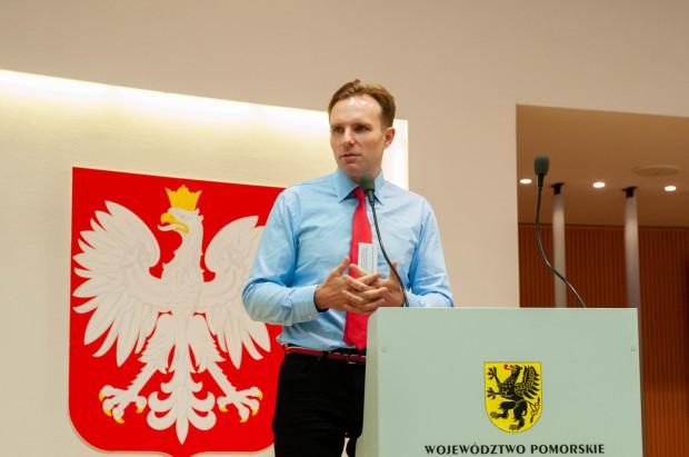 Prof. Bartosz Karaszewski z Uniwersyteckiego Centrum Klinicznego.