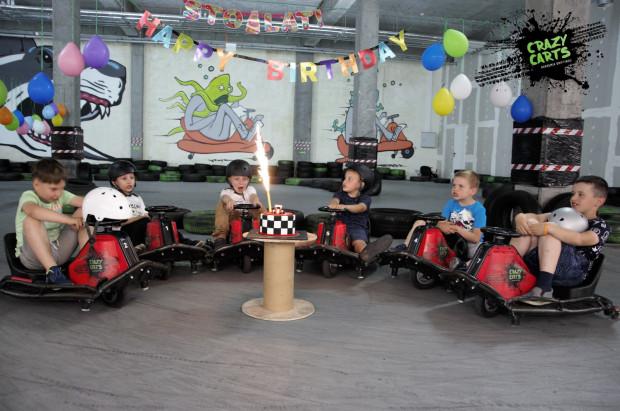 W strefie Crazy Carts można zorganizować urodziny.