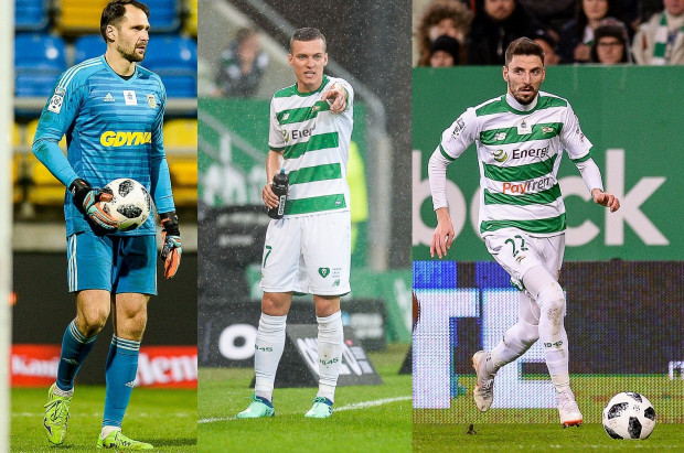 Od lewej: Pavels Steinbors, Lukas Haraslin i Filip Mladenović. Ci trójmiejscy piłkarze mają szansę zagrać w najbliższych dniach dla pierwszych reprezentacji swoich krajów w eliminacjach do przyszłorocznych mistrzostw Europy.