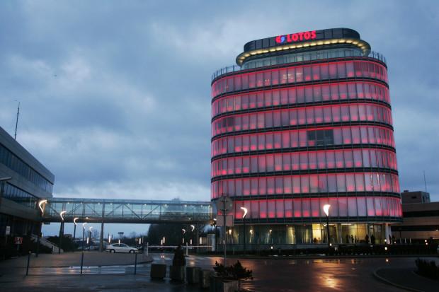 Lotos rozważa budowę własnego nabrzeża i terminalu na Martwej Wiśle lub udział w projekcie rozbudowy portu zewnętrznego realizowanego w Porcie Gdańsk.