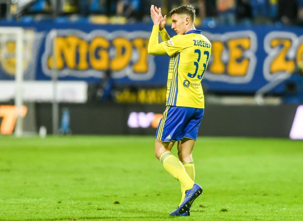 Damian Zbozień jest trzecim piłkarzem Arki Gdynia, który rozegrał najwięcej minut w ostatnim sezonie. Po wywalczeniu pozycji na boisku, teraz chce znaleźć ją w szatni zespołu.