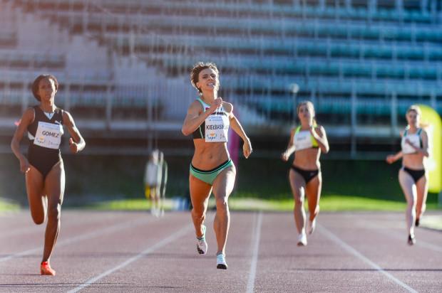 Anna Kiełbasińska po raz kolejny udowodniła swoją wyższość. W indywidualnym biegu na 400 m uzyskała wynik 51.79.