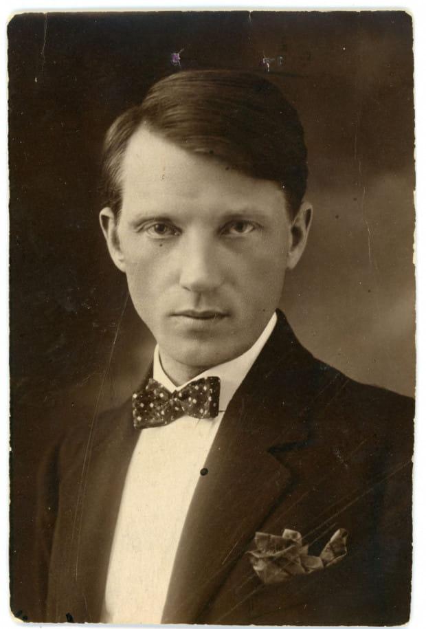 Artysta malarz Wacław Szczeblewski w okresie grudziądzkim, lata 20. XX w. (ze zbiorów Muzeum Miasta Gdyni)