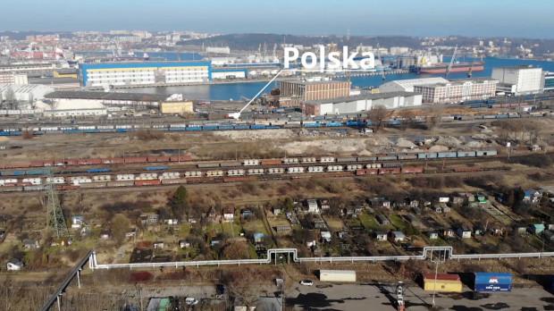 W ramach inwestycji przebudowanych zostanie 115 km torów prowadzących do portu w Gdyni.