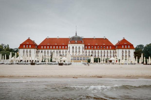 Wystawa poświęcona Sofitel Grand Hotelowi i sopockiemu kasynu potrwa od 1 do 6 lipca, zakończy ją aukcja dzieł sztuki i obiektów z wystawy.
