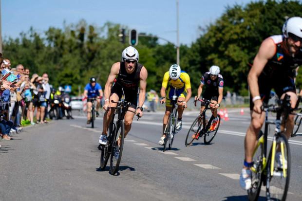 Niedzielny triathlon to święto dla sportowców, ale też utrudnienia dla kierowców