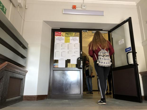 W większości szkół udostępniono listy zakwalifikowanych uczniów.