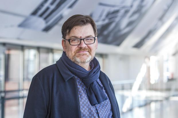 Romuald Wicza-Pokojski od listopada 2011 roku był dyrektorem Teatru Miniatura. W minionym roku pełnił również obowiązki dyrektora Opery Bałtyckiej, w której pozostanie dyrektorem przez najbliższe cztery lata.