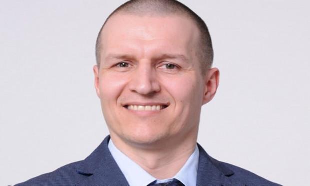 Rada Nadzorcza PGZ Stoczni Wojennej powołała Cezarego Cierzana na stanowisko wiceprezesa zarządu stoczni.