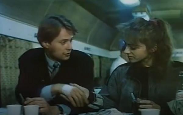"""Młody przestępca specjalizujący się w otwieraniu sejfów, Adam Nidzicki, ps. """"Mruk"""", pod wpływem znajomości z Magdą (Lucyna Zabawa) pragnie zerwać z dawnym życiem. Nie będzie to jednak proste, bo jeden z jego opiekunów z zakładu poprawczego zastawił na chłopaka pułapkę."""