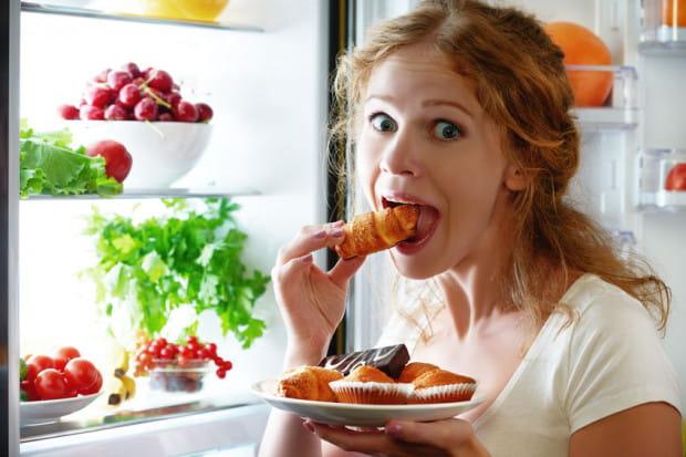 Głód pojawia się po kilku, a nawet kilkunastu godzinach od posiłku w zależności od tego, jak skomponowana była potrawa i jak duże są nasze wydatki energetyczne.