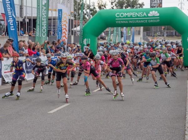 Co roku na starcie Maratonu Sierpniowego pojawia się kilkaset osób z Polski i zagranicy. Do tegorocznej edycji zapisało się już blisko 800 osób.