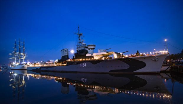 Z okazji Święta Wojska Polskiego okręt ORP Błyskawica zostanie po zmroku oświetlony.