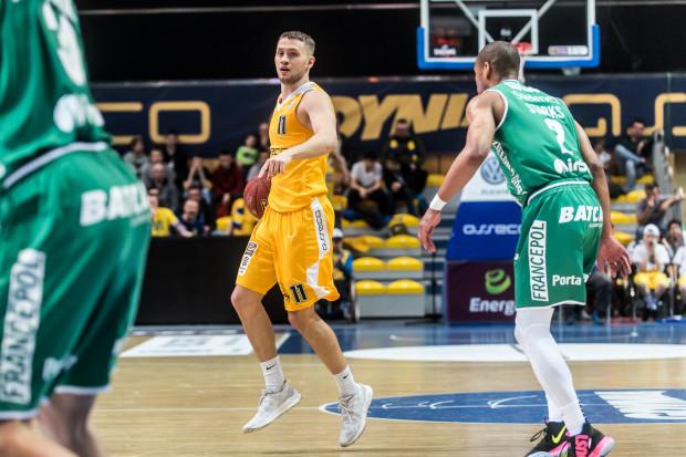 Marcel Ponitka zdobywał średnio 6,2 punktu oraz notował 2,3 asysty i 2,4 zbiórki na mecz w minionym sezonie Energa Basket Ligi.