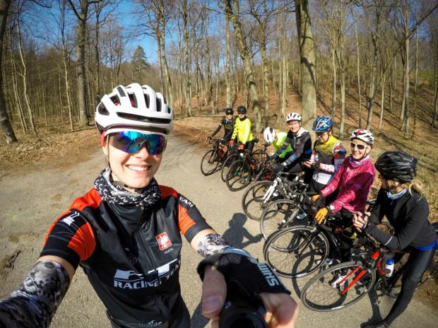 Treningi kolarskie dla kobiet odbywają się w wybrane soboty miesiąca.