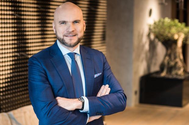 - Konsolidacja to przyszłość branży deweloperskiej - twierdzi Adam Małaczek, prezes Moderna Holding, która od dzisiaj posiada również PB Kokoszki.