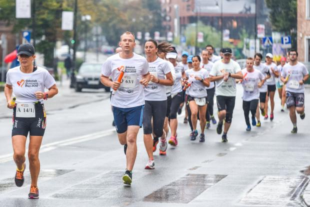 Do ubiegłorocznej edycji Gdańsk Business Run zapisało się 400 drużyn, czyli 2000 uczestników.