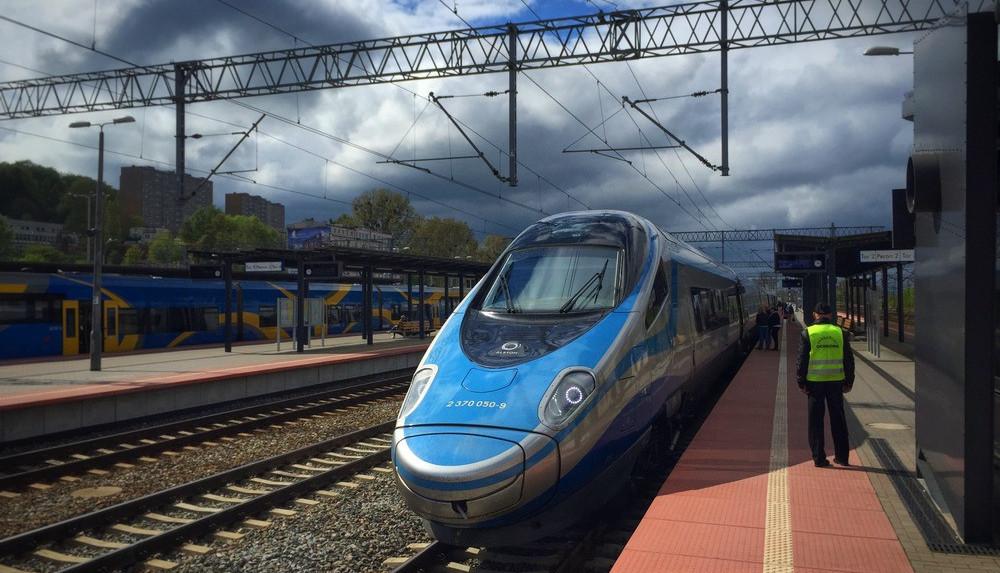 Поезд до Варшавы будет ездить со скоростью до 200 км/ч