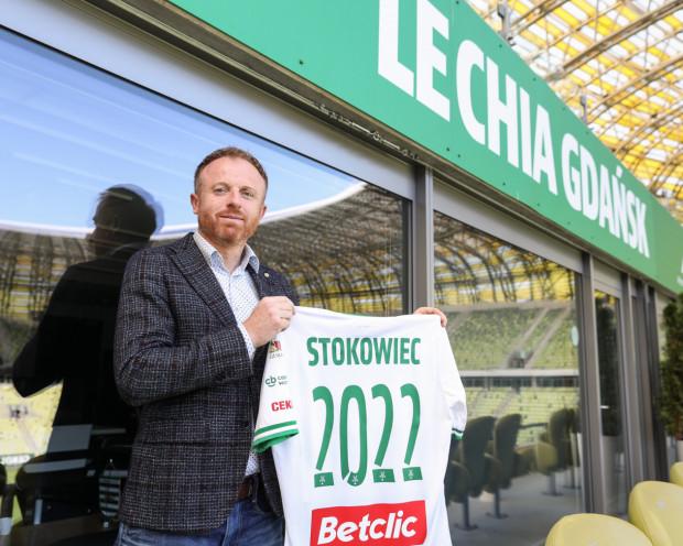Piotr Stokowiec przedłużył kontrakt z Lechią Gdańsk do 30 czerwca 2022 roku.