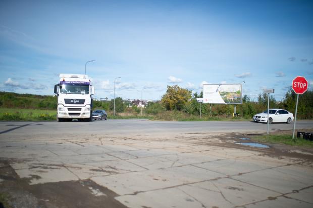 W przyszłym roku niebezpieczne skrzyżowanie Starogardzkiej z Niepołomicką i Czerską zmieni się w rondo.