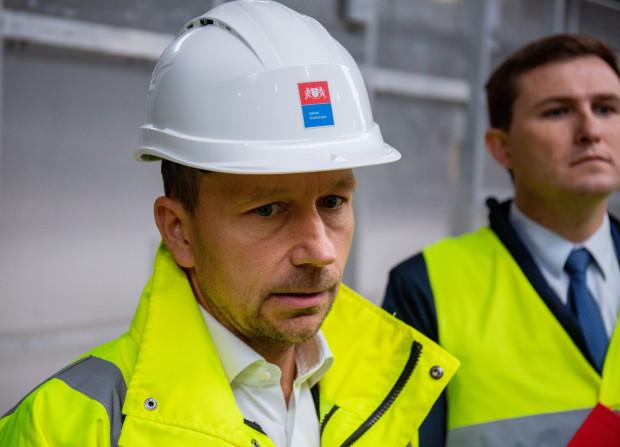 Michał Dzioba, prezes ZU i wiceprezydent Piotr Grzelak poinformowali o upadłości generalnego wykonawcy kompostowni