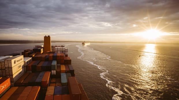 Hapag-Lloyd to międzynarodowa firma logistyczna o 170-letniej tradycji, zatrudniająca około 12,8 tys. pracowników w 399 oddziałach zlokalizowanych w 128 krajach.