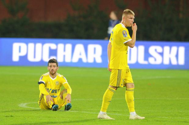 Nando i Jakub Wawszczyk. Reakcja piłkarzy Arki Gdynia na wyeliminowanie z Pucharu Polski.