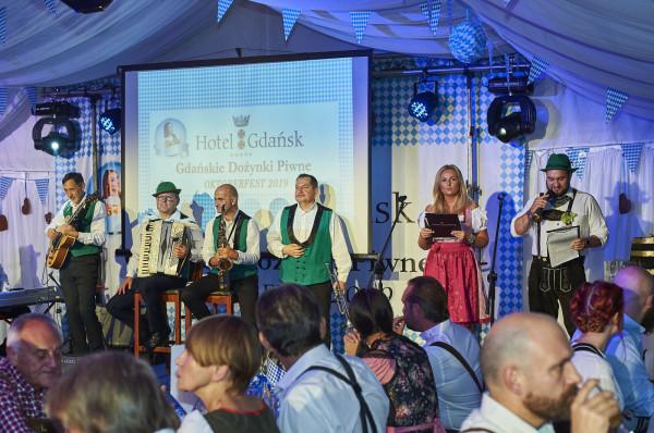 W sobotni wieczór uroczyście zainaugurowano Gdańskie Dożynki Piwne, które w Brovarni Hotelu Gdańsk będą odbywały się do końca października.