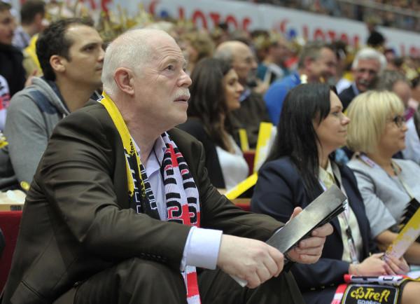 - Sponsoring sportowy był i jest niezwykle ważnym obszarem funkcjonowania firmy Trefl SA, która - moim zdaniem - jako sponsor drużyn sportowych może być wzorem do naśladowania, z czego jestem bardzo dumny - Kazimierz Wierzbicki, prezes Trefl SA.
