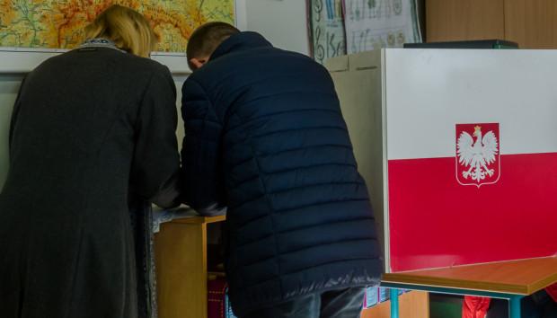 Podczas wyborów, 13 października, wybieramy nowy skład Sejmu i Senatu.