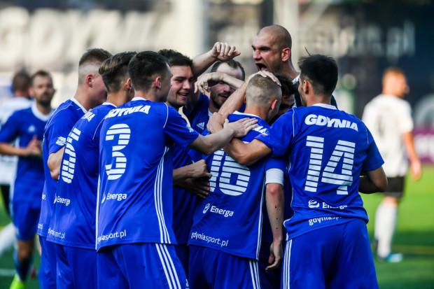 """""""Co nas nie zabije, to nas wzmocni"""". Piłkarze Bałtyku najwyraźniej wzięli sobie do serca to powiedzenia i po serii fatalnych informacji odnieśli dwa zwycięstwa, strzelając 9 goli."""